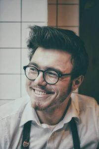 Javier Lisarte, el más atractivo y molón de los traders